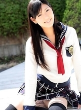 Saemi Shinohara looks amazing in school uniform and socks