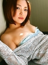 Ryoko Tanaka Asian shows leering curves in the window daylight